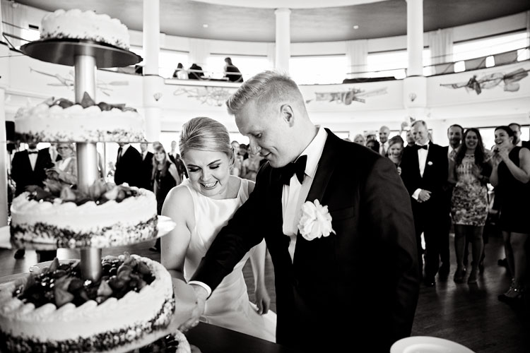 Saara & Matias, St. John's Church, Restaurant HSS Boathouse, Helsinki, Wedding